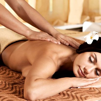 Tradiční thajská, aromaterapeutická či královská masáž