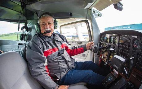 Exkluzivní řízení letadla na zkoušku