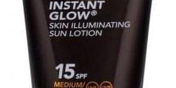 PIZ BUIN Instant Glow Skin Illuminating Lotion SPF15 150 ml rozjasňující mléko na opalování pro ženy