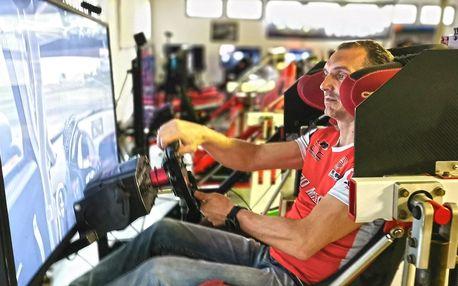 Vstup na pohyblivé závodní simulátory pro 1–3 os.