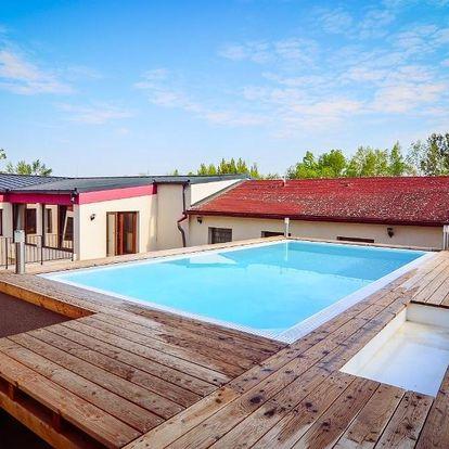 Vodní nádrž Nové Mlýny: Vinárna a Pension U Langrů