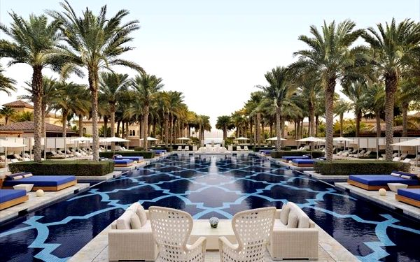 One and Only The Palm, Dubai, Spojené arabské emiráty, Dubai, letecky, polopenze3
