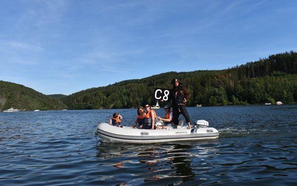 Poklad na Slapském jezeře aneb šifrovačka na motorových člunech5