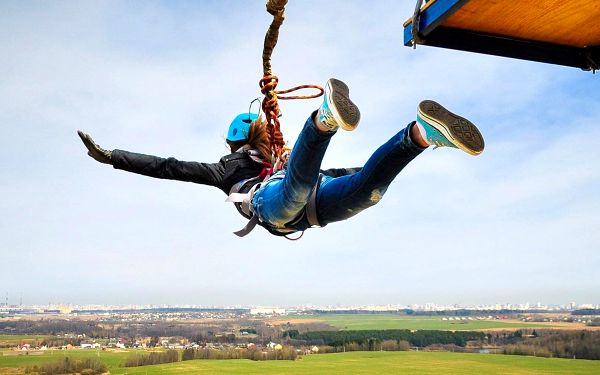 Pro odvážné: extrémní bungee jumping a SCAD diving