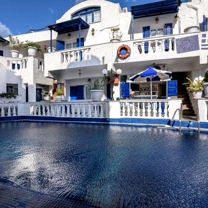 Řecko - Santorini letecky na 11-15 dnů, snídaně v ceně