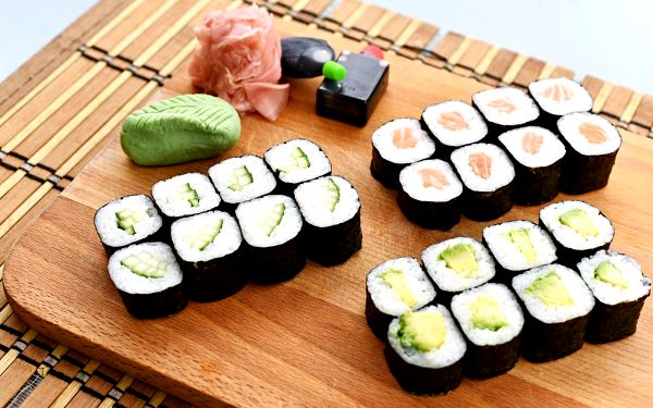 Sushi set: 24 ks3