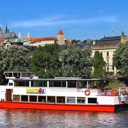 Plavby po Vltavě pro děti a dospělé i s rautem