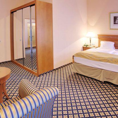 Plná penze a spa procedury ve 4* hotelu v centrum Karlových Varů