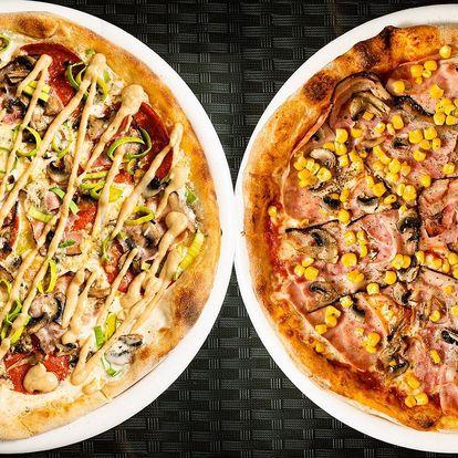 Dvě pizzy dle výběru z 32 druhů a rozvoz po Brně