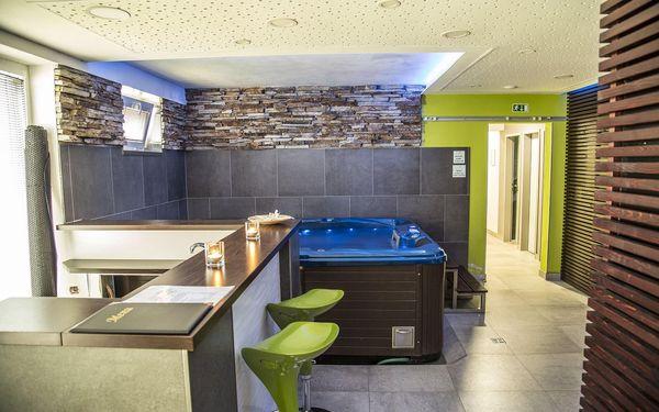 Pobyt v hotelu Lucia s wellness a romantickou večeří | 2 osoby | 2 dny (1 noc)2