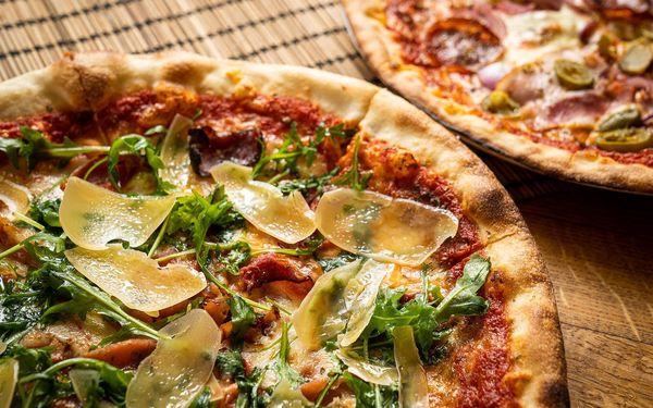 2x pizza o průměru 32 cm k odnosu s sebou5