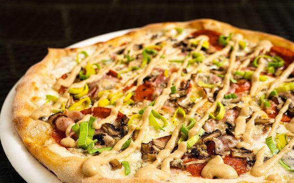 2x pizza (ø 32 cm) podle výběru4