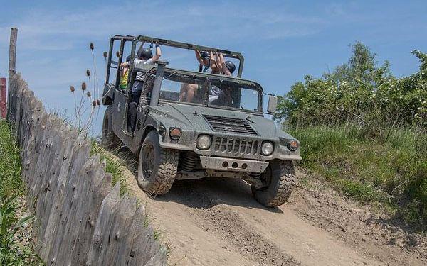 Řízení Humvee + safari jízda, 20 minut , počet osob: 1 řidič + 3 spolujezdci, Praha 9 - Horní Počernice (Praha)2