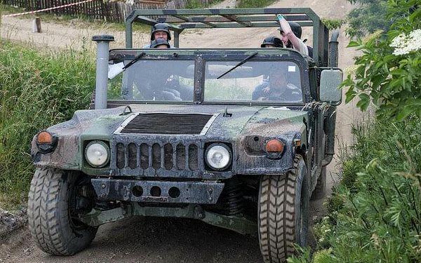 Řízení Humvee + safari jízda, 20 minut , počet osob: 1 řidič + 3 spolujezdci, Praha 9 - Horní Počernice (Praha)3