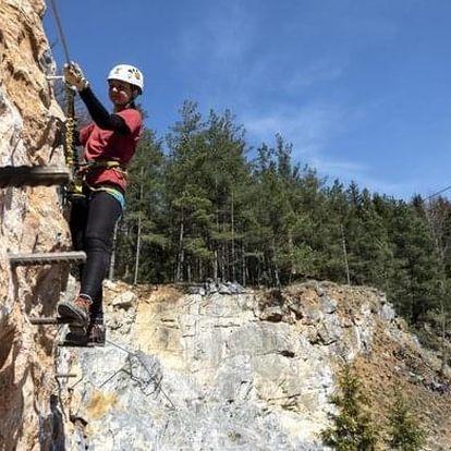 Kurz ferratového lezení s instruktorem v Moravském Krasu