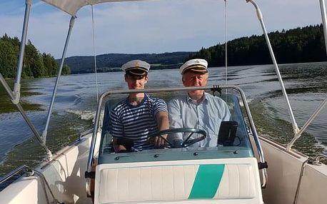 Pronájem motorové lodi Angelo s kapitánem (4 h) na Lipně