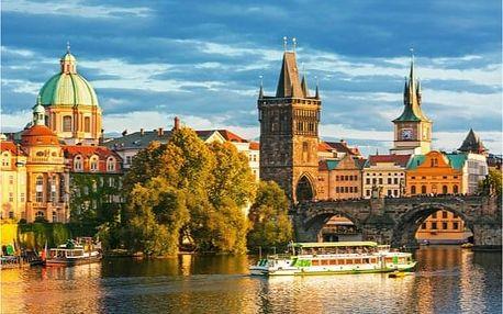 Soukromá procházka po Praze s obědem a výletem do Terezína