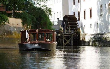 Pražské Benátky a návštěva Muzea Karlova mostu