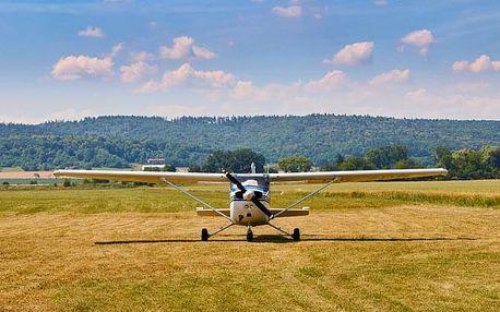 Pilotem na zkoušku Cesna 172 (střední balíček)
