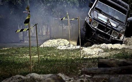 Jízda Land Roverem terénem pro 3 osoby nedaleko Prahy