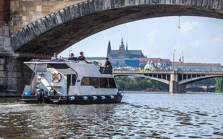 Soukromá 3hodinová plavba luxusní lodí po Vltavě