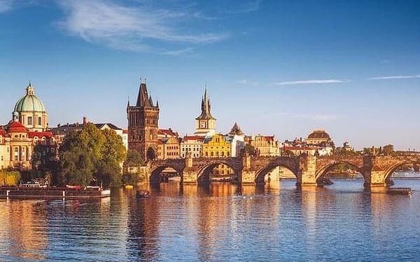 Prohlídka Prahy s degustací českých pokrmů a vína