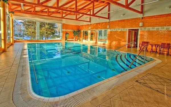Mariánské Lázně: Pobyt v Hotelu Krakonoš *** s bazénem, léčebnou procedurou, polopenzí a balíčkem slev