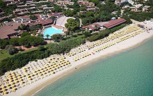 Itálie - Sardinie letecky na 8-15 dnů, plná penze