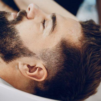 Péče v barber shopu: stříhání i úprava vousů