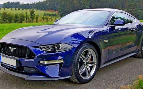 Osmiválec Ford Mustang GT 5.0: řízení i spolujízda