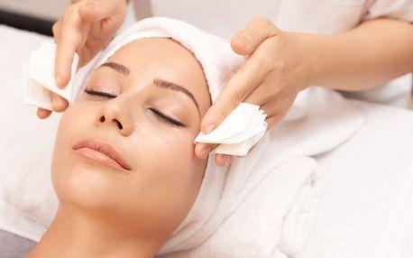 1–3 ošetření obličeje či dekoltu chemickým peelingem