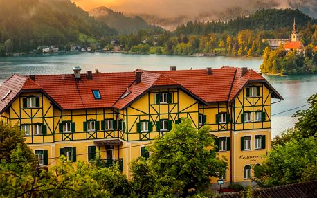 Bled: 4* Hotel Triglav se snídaní a wellness
