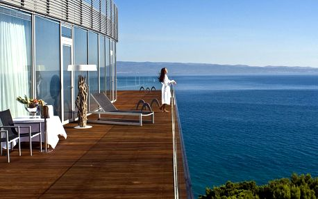 Luxusní plážový resort ve Splitu: snídaně a wellness