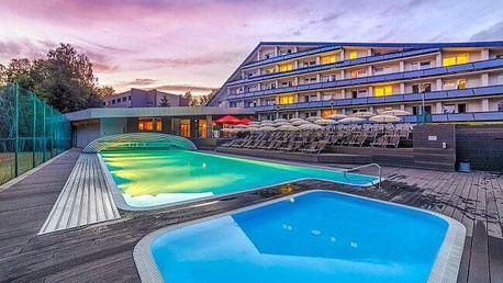 CHKO Železné hory u přehrady Seč: Hotel Jezerka **** s aqua i wellness centrem, masáží, vínem a polopenzí