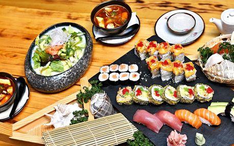 Nabité sushi menu pro dva: krevety, tuňák i avokádo