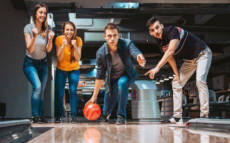 Hodina bowlingu v čase 15:00–23:00 až pro 6 hráčů