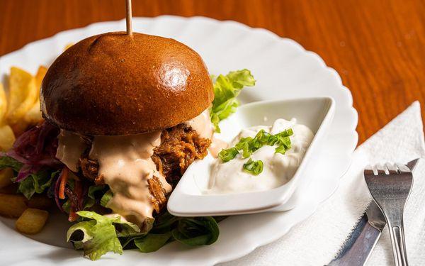 2x Pulled Pork burger3