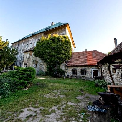 Doksy, Liberecký kraj: Hájovna hradu Houska
