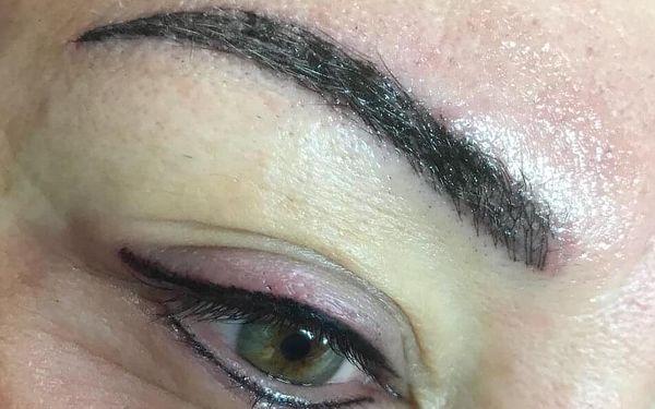 Horní i spodní oční linky5