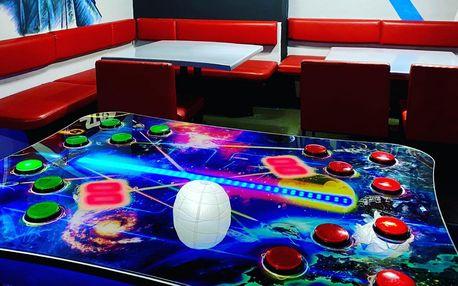 Až 100 minut zábavy v Game Centru pro 2-4 hráče