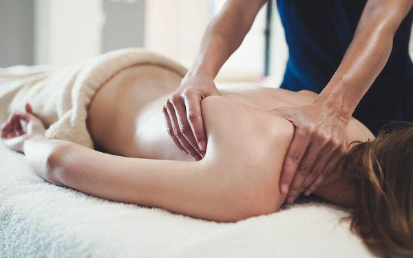 Klasická masáž zad a šíje (45 minut)3