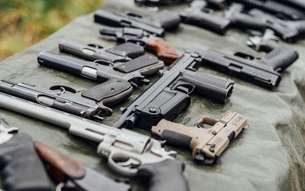 Zkouška Double (3 zbraně a 13 nábojů pro každého)5