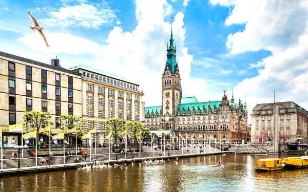 Hamburk – nezapomenutelný pobyt v nádherné přístavní metropoli 4 dny / 3 noci, 2 os., snídaně