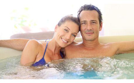 Až 120 min. v soukromé wellness zóně: vířivka i sauna