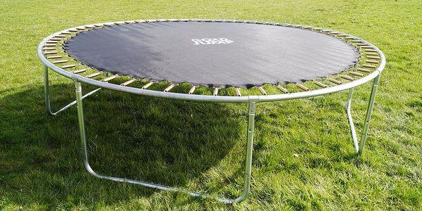GoodJump 4UPVC zelená trampolína 305 cm s ochrannou sítí + žebřík + krycí plachta5