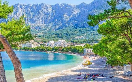 Chorvatsko: Makarská riviéra jen 70 m od azurového moře v Hotelu Bonaca *** s bohatou polopenzí