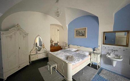 Lužické hory: Dvoulůžkový pokoj Blue Grace na zámku
