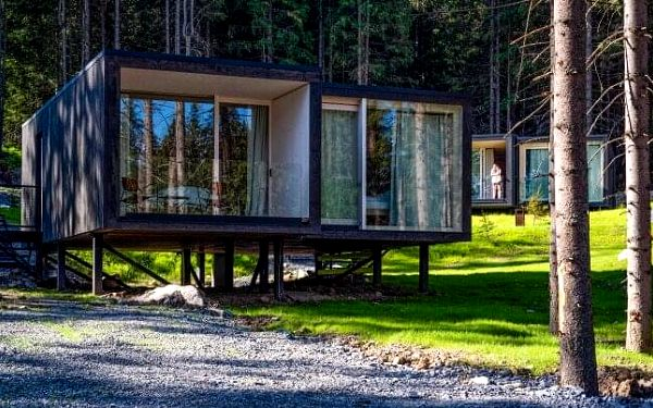 Nízké Tatry: Skandinávské Björnson Tree Houses *** s wellness, lístky na lanovku a polopenzí + dítě zdarma