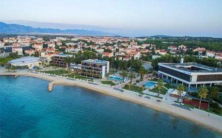 Dovolená v Chorvatsku na Pagu s výhledem na moře v hotelu Liberty*** s polopenzí