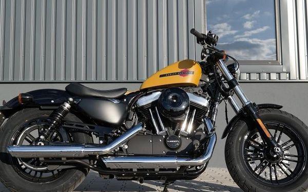 Jízda na motorce Harley Davidson Forty-Eight
